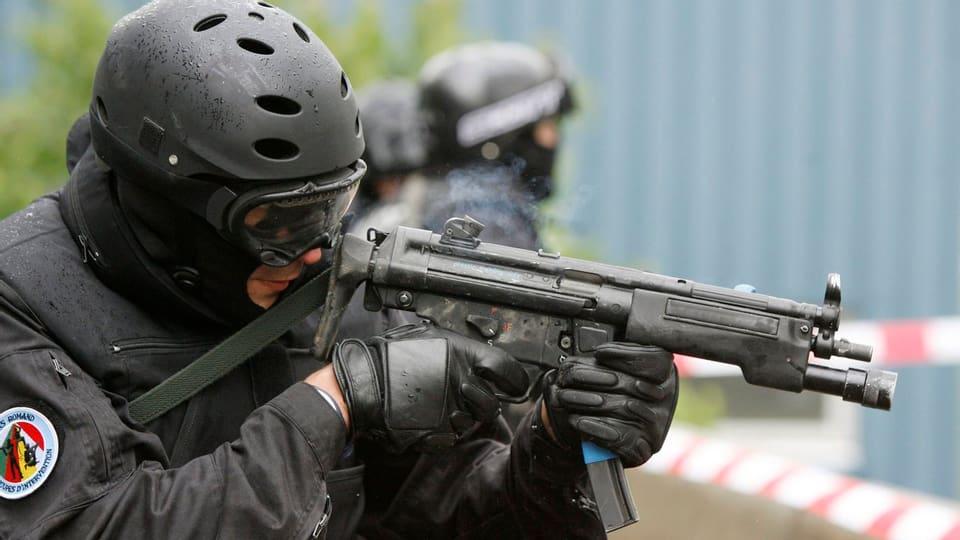 Ist der Staat gegen eine anhaltende Terrorbedro-hung vorbereitet?