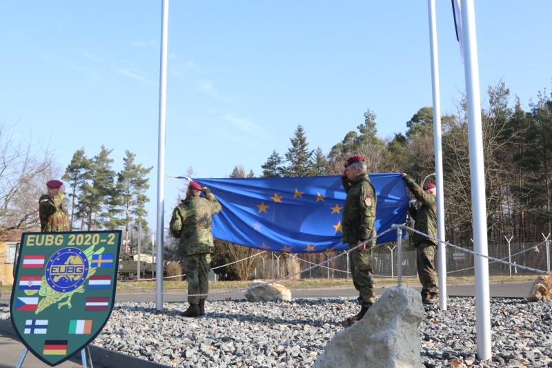 >>Für mich ist das ein Zeichen dafür, dass sie solche Vorhaben auch innerhalb der Europäischen Union problemlos umsetzen können.