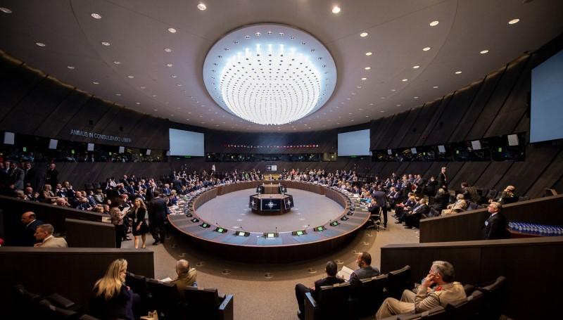Sprachrohr und Antenne – Deutschlands Botschaft bei der NATO