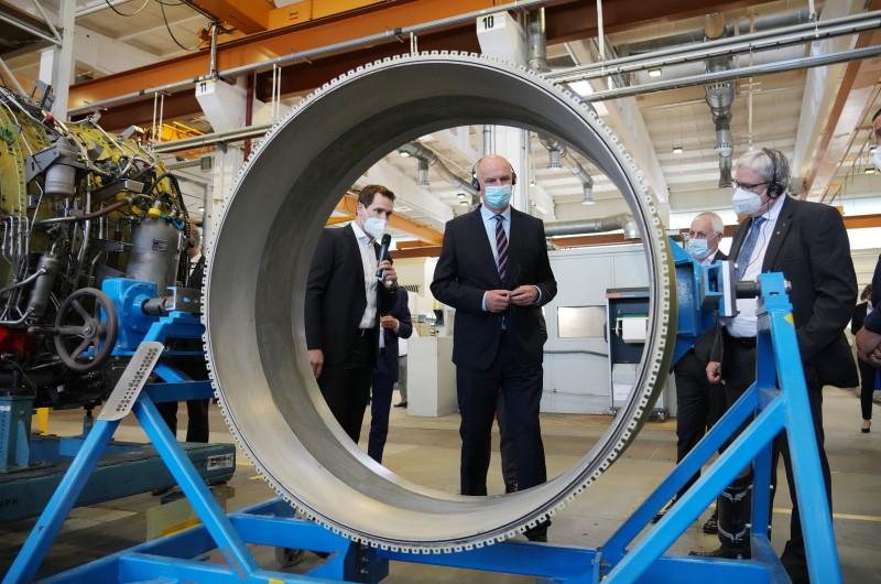 MTU Maintenance Berlin-Brandenburg feiert 30-jähriges Bestehen