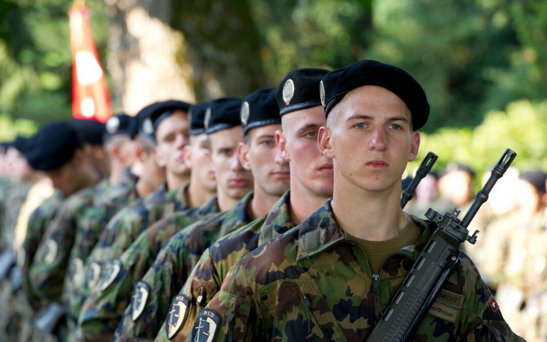 Die Schweiz und das Milizsystem: Eine Armee für alle